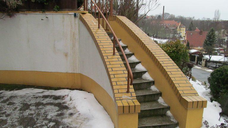 Treppe und Terrasse
