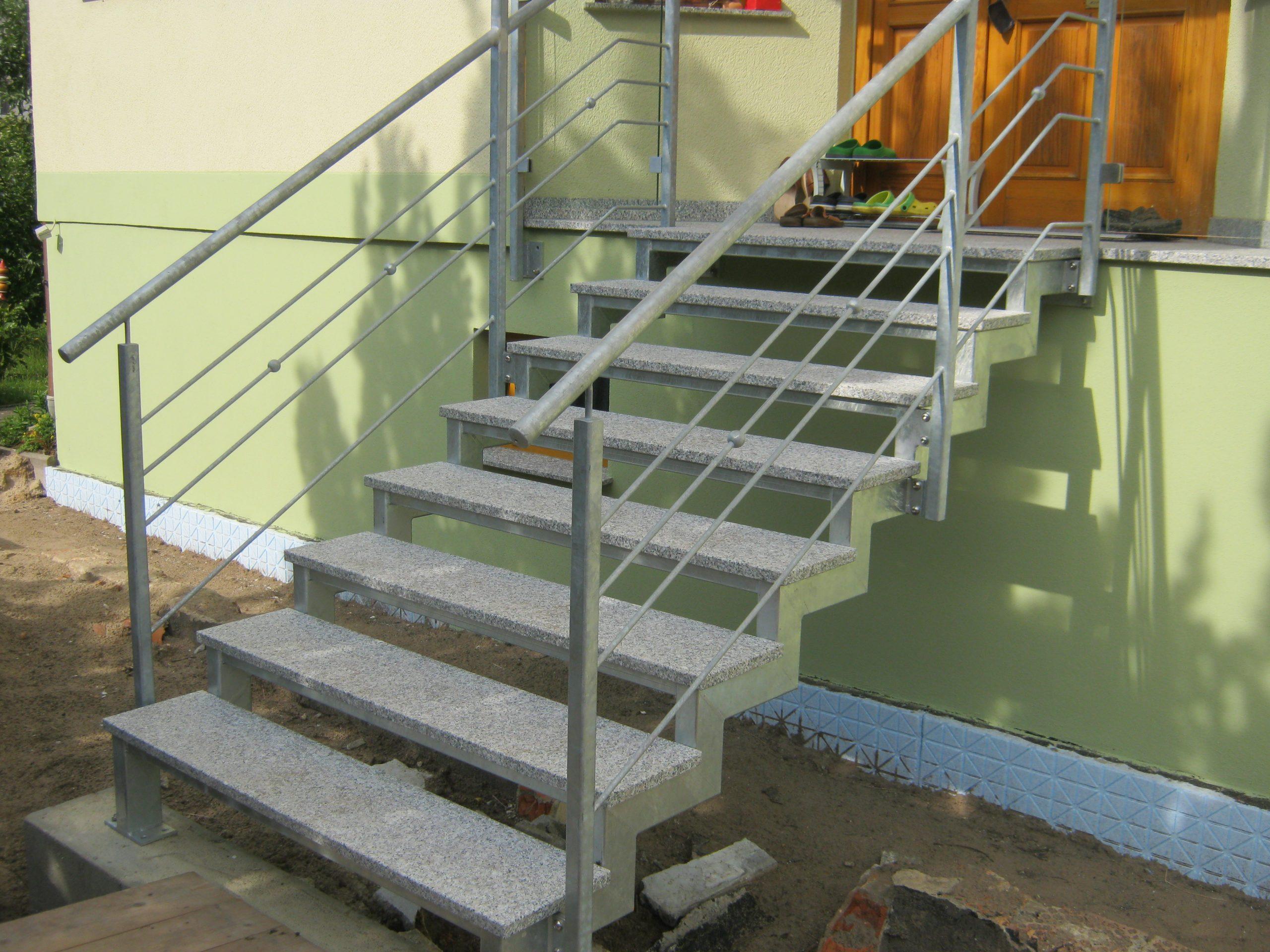Dach und Treppe umbauen